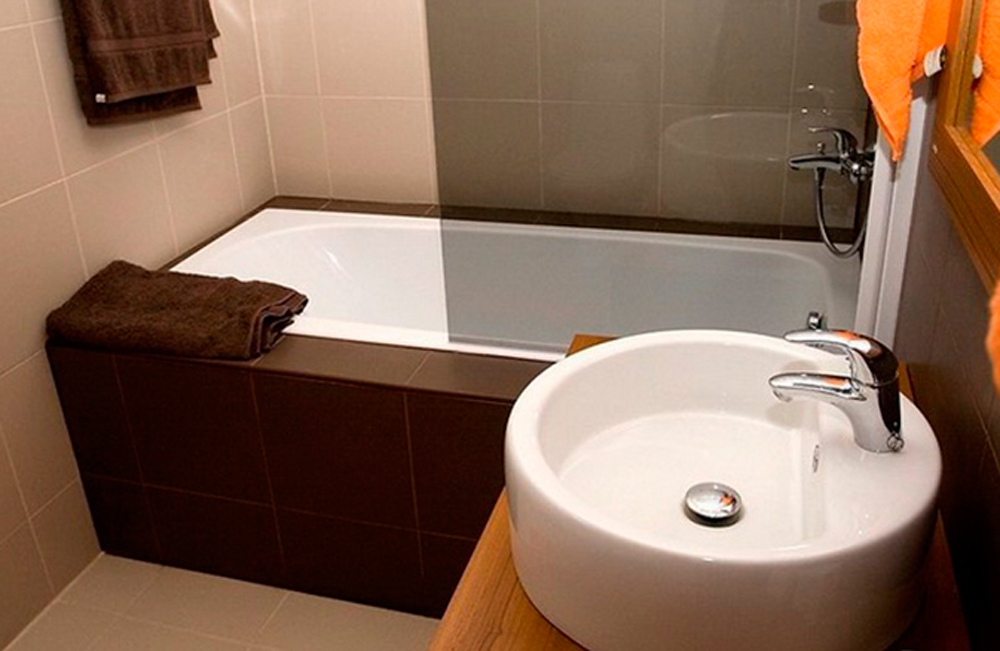 Как сделать визуально ванную большой