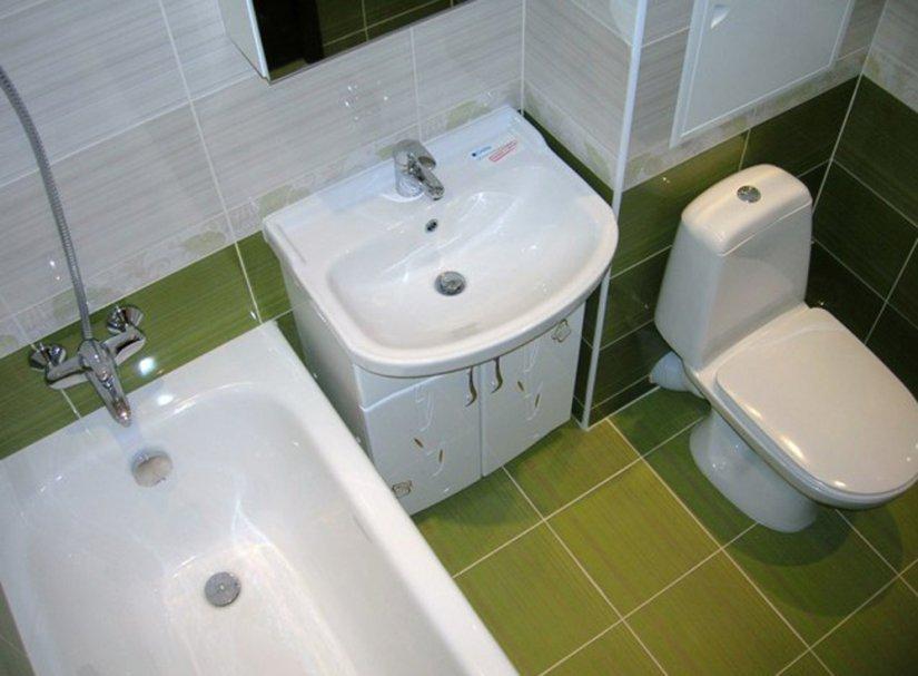 светлая ванная в хрущевке фото