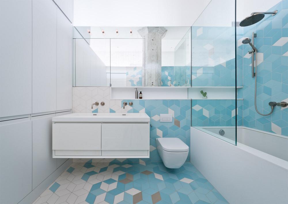 Дизайн маленькой ванны плиткой 72