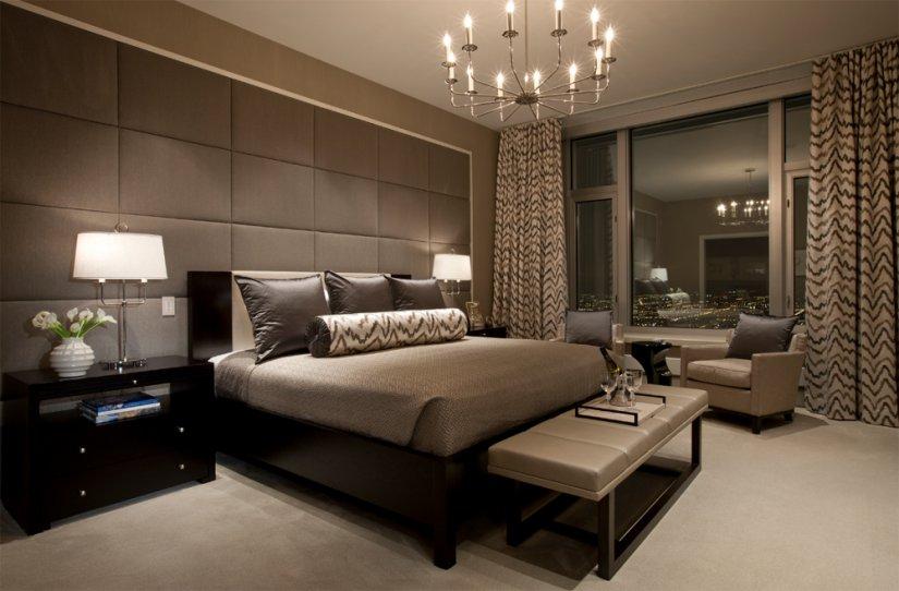 большая кровать в доме