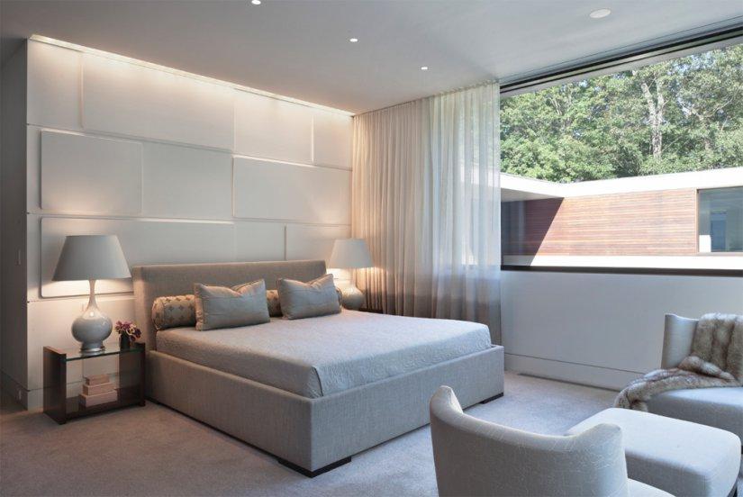 светлая спальня в доме